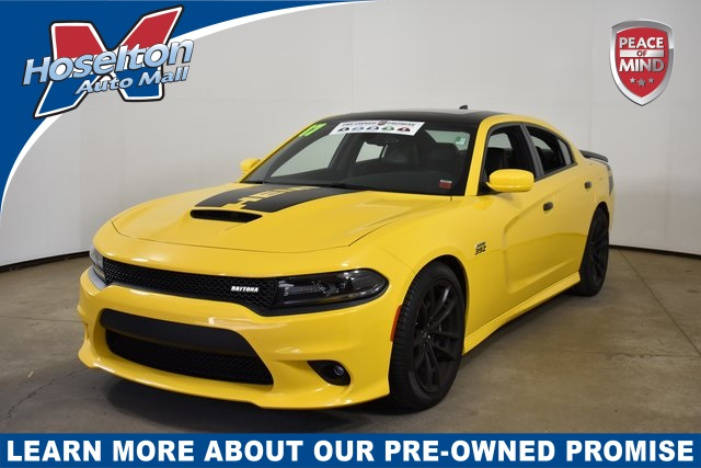 Pre-Owned 2017 Dodge Charger R/T 392